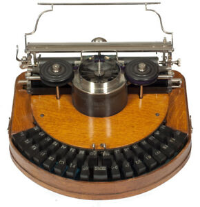 Seeking antqiue typewriters for my collection