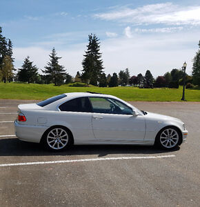 2005 BMW 325CI-Series Coupe 2DR ***This is a must see vehicle***