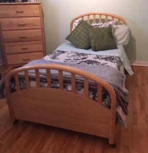 6-piece Wood Twin Bedroom Set