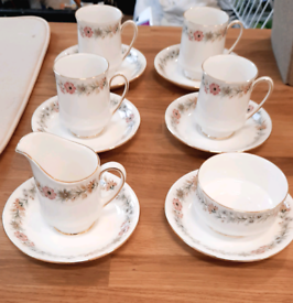 Paragon 'Belinda' Fine Bone China tea set