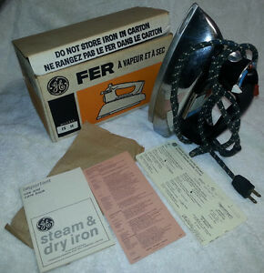 Vintage GE STEAM DRY IRON MINT BOX and PAPERWORK