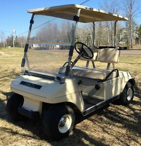 Golf Cart - 1990 Club Car DS Gas