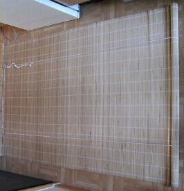 Roll-up bamboo blind