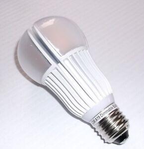 Ampoule A19 LED