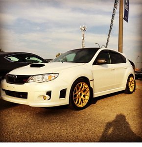 2012 subaru impreza sti (NEW ENGINE) NEED TO SELL QUICK