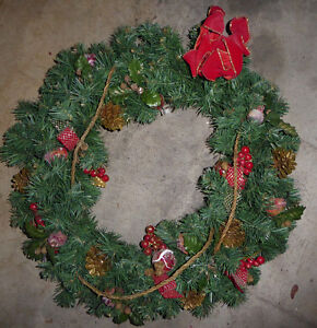 Lots and lots of fake green Christmas wreaths $ 5-$ 10 Kitchener / Waterloo Kitchener Area image 8
