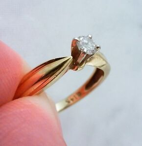 CLASSIC DIAMOND 14K GOLD AND DIAMOND ENGAGEMENT RING