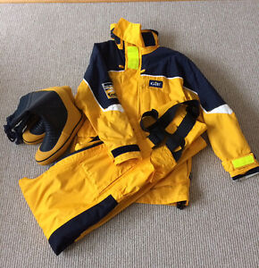 Gill Ladies foul weather gear