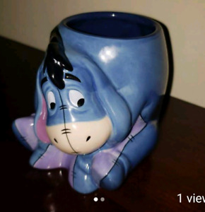 NEW *EEYORE* 3D 18 oz Coffee Mug ~~Disney Store Collectible~ Win
