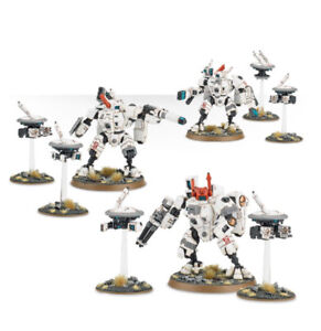Warhammer 40K Tau crisis suits for sale