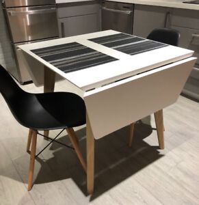 Structube Dining Table & Chairs