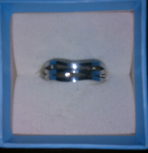 Womens stainless steel rings (size 7)