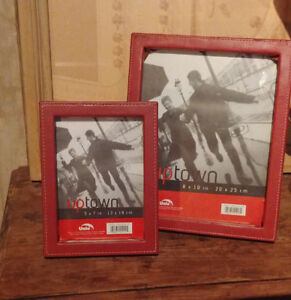 Picture frames set of 2