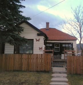 TWO, 2 BDRM HOUSES FOR RENT IN CROWSNEST PASS, AB $775.- $800.