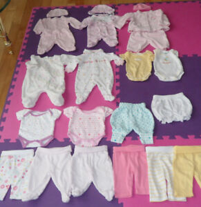 Excellent Condition Baby Girl Preemie Bundle