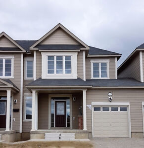 Brand New 3 Bedroom Executive Town House for Lease in Angus
