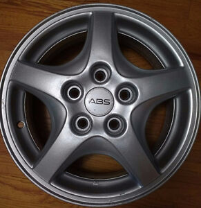 "15"" Original GM Alloy rims 5x115 / 4 in numbers"
