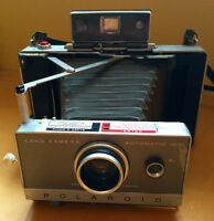 VINTAGE POLAROID Automatic 100 Camera & accessories