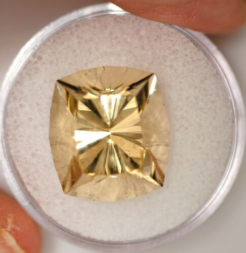 Genuine Natural Golden Scapolite 13.88 Carats - Loose Stone Gemstone