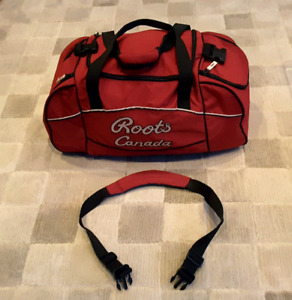 ROOTS CANADA GYM BAG - New