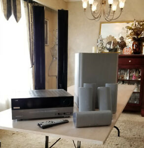 Home Theater/Surround Sound - Harman/Kardon AVR144 5.1 Channel A