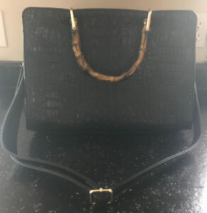 *BLACK CROC LIKE BLACK PURSE WITH WOODEN LIKE HANDLES FOR SALE*