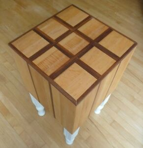 Chopping block table