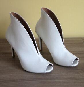 Sandales bottillons 6.5 talons hauts blancs - SIRIANO Payless