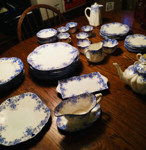 Shelley Dainty Blue - Huge Set - Immaculate Condition