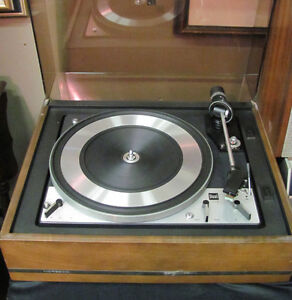 Noresco Dual 1218 Turntable