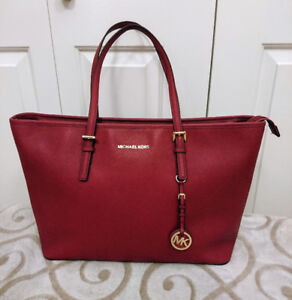 Michael Kors Large Saffiano Leather Tote in Mulberry