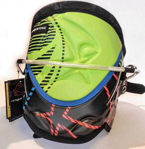 NEW Kiteboarding Harness Mystic YZ Pro Small