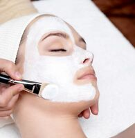 Deep cleaning facial + neck and decollete massage