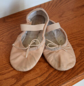 Bloch Ballet Shoes (size 10C/Toddler Girl)