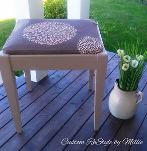 Restyled Bench, Annie Sloan Coco.