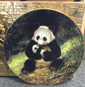 THE PANDA COLLECTOR PLATE COLLECTIBLES DISPLAY PLATE MISSISSAUGA
