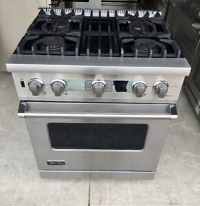 "30"" Viking Dual gas Range + convection Oven"