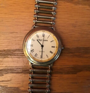 Vintage Oleg Cassini Quartz Watch. NOT WORKING