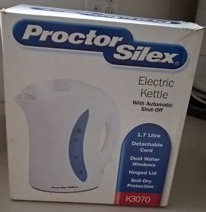 Proctor Silex Electric Kettle with Automatic Shut-Off