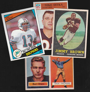 Looking for old hockey cards, football cards