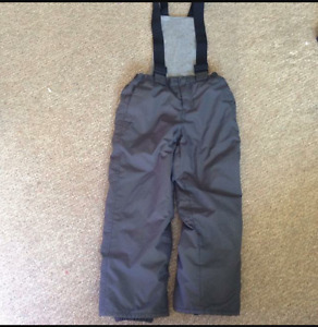 Boys size 5t snowpants from children place
