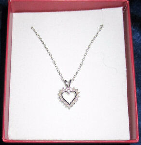 New - 1/4 carat  Diamond  and Sterling Silver Necklace
