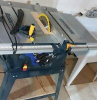 great table saw one brand new blade and one used blade.