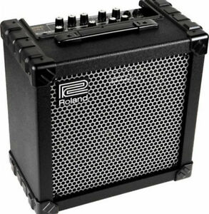 Roland Cube 30 Watts + Footswitch