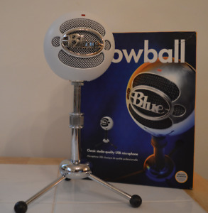 Blue Snowball Microphone - Great condition!