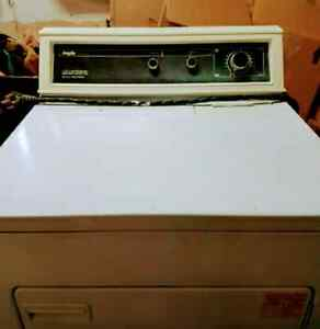 Great used Electric Dryer London Ontario image 1