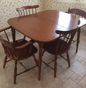 BLOWOUT - 5 piece dining table and chairs - 1960's Maple