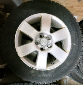Pneus hiver / winter tires 195/65R15