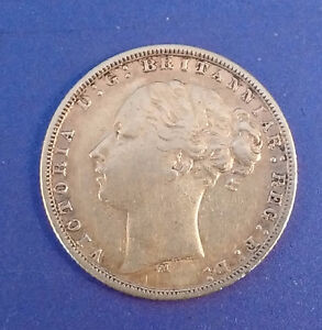 1876 Victoria Young Head/St. George Gold Sovereign
