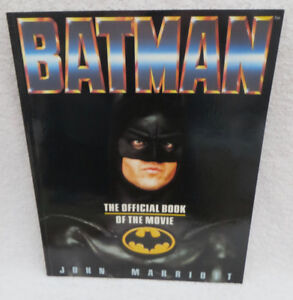 VINTAGE BATMAN OFFICIAL BOOK of the MOVIE 1989